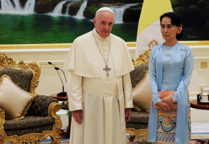Pope Francis meets Myanmar's State Counsellor Aung San Suu Kyi in Naypyitaw, Myanmar