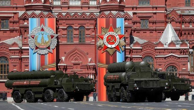 FILE PHOTO - Russian army rehearse before the World War II anniversary in Moscow